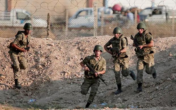 Türkisch unterstützte Opposition beschießtUS-Soldaten