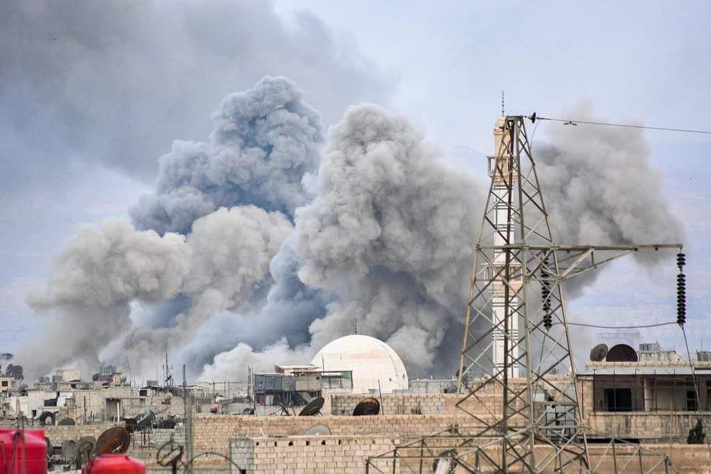 Schwere Kämpfe zwischen syrischer Armee und Islamischen Staat inDamaskus