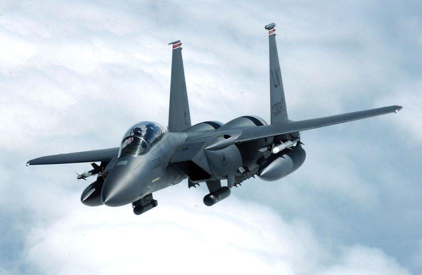 1200px-F-15E_Strike_Eagle_banks_away_from_a_tanker.jpg